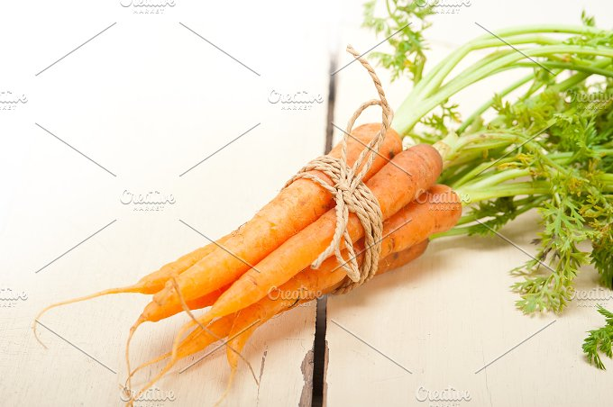 baby carrots 002.jpg - Food & Drink