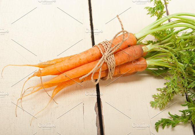 baby carrots 007.jpg - Food & Drink