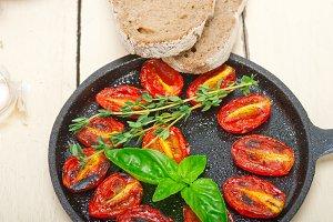 baked cherry tomatoes 040.jpg