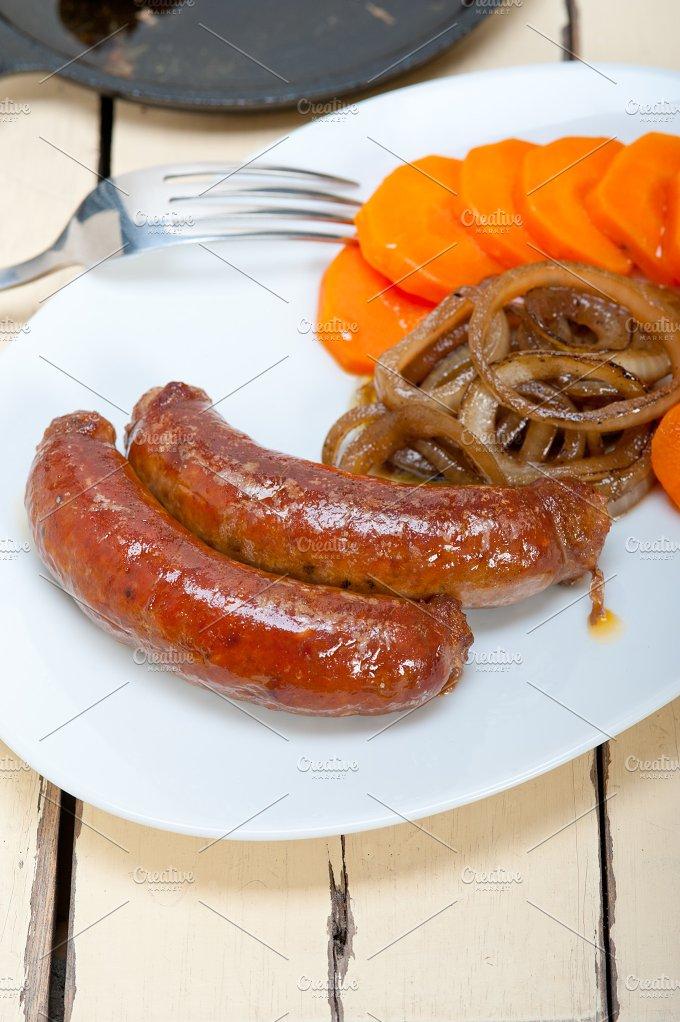 beef sausages 003.jpg - Food & Drink