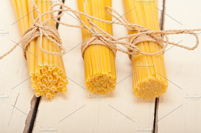 Italian raw pasta 006.jpg - Food & Drink