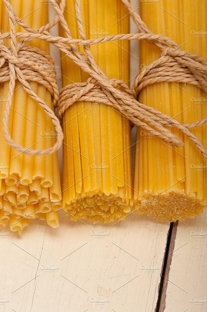 Italian raw pasta 018.jpg - Food & Drink