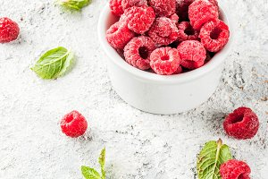 Fresh raspberries with mint