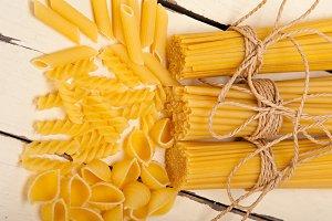 Italian raw pasta 034.jpg