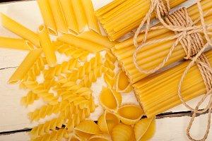 Italian raw pasta 048.jpg