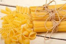 Italian raw pasta 050.jpg