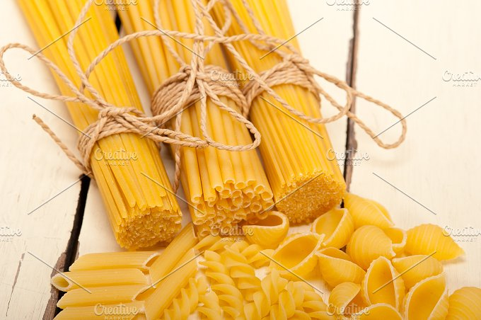 Italian raw pasta 060.jpg - Food & Drink