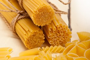 Italian raw pasta 061.jpg