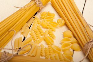 Italian raw pasta 073.jpg