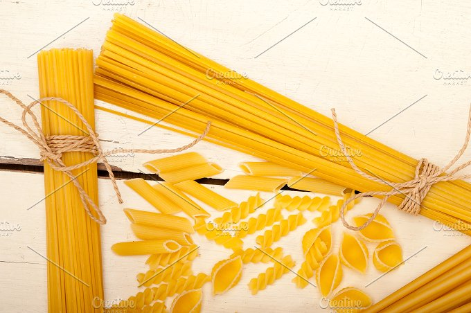 Italian raw pasta 076.jpg - Food & Drink