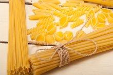Italian raw pasta 078.jpg
