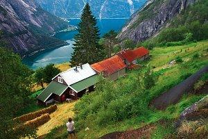 Kjeasen Farm in Norway