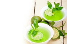 mint tea infusion with lime 002.jpg