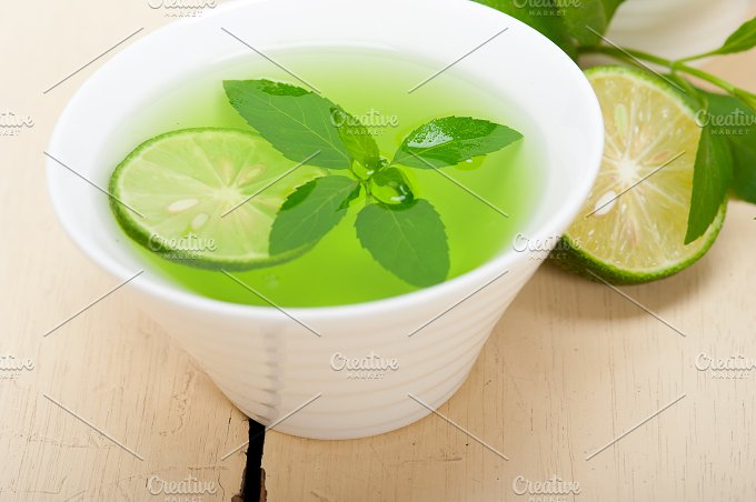 mint tea infusion with lime 001.jpg - Food & Drink