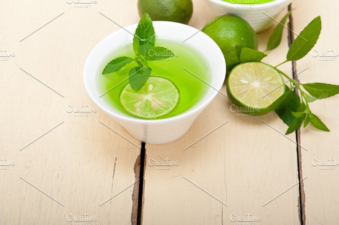 mint tea infusion with lime 004.jpg - Food & Drink