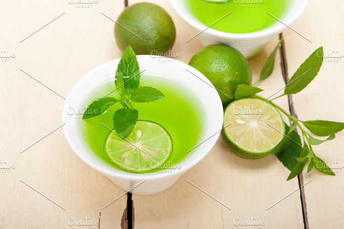 mint tea infusion with lime 005.jpg - Food & Drink