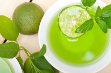 mint tea infusion with lime 018.jpg