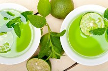 mint tea infusion with lime 020.jpg