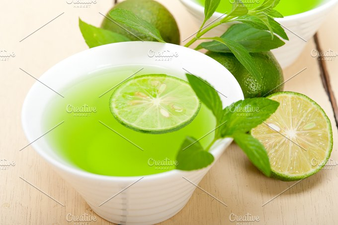 mint tea infusion with lime 024.jpg - Food & Drink