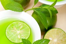 mint tea infusion with lime 028.jpg