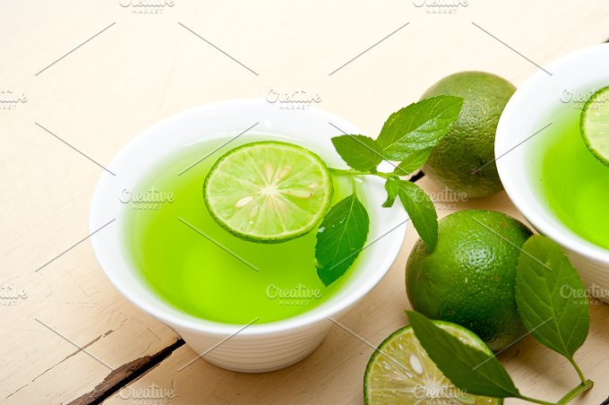 mint tea infusion with lime 029.jpg - Food & Drink