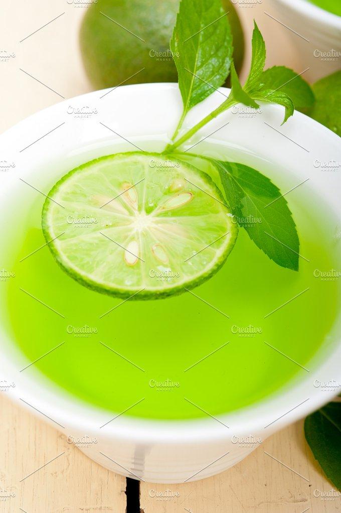 mint tea infusion with lime 045.jpg - Food & Drink