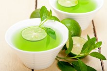 mint tea infusion with lime 047.jpg
