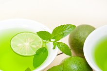 mint tea infusion with lime 056.jpg