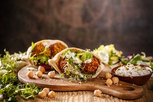 Falafel and fresh lettuce