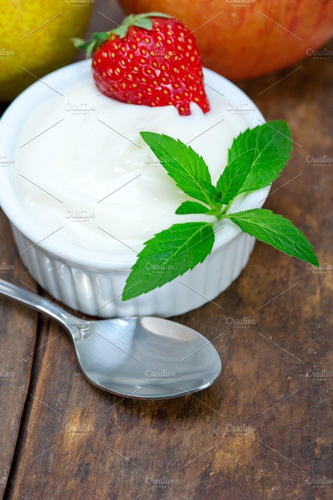 fresh fruits and organic yogurt 030.jpg - Food & Drink