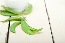 fresh green peas 019.jpg