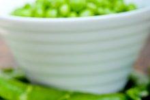 fresh green peas 072.jpg