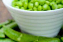 fresh green peas 073.jpg