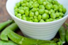 fresh green peas 074.jpg