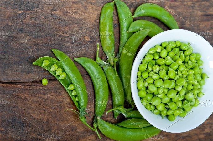 fresh green peas 076.jpg - Food & Drink