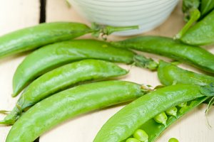 fresh green peas 099.jpg