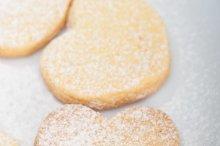 heart shaped cookies 002.jpg