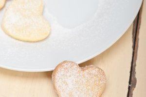heart shaped cookies 007.jpg