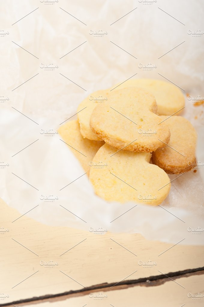 heart shaped shortbread cookies 007.jpg - Food & Drink