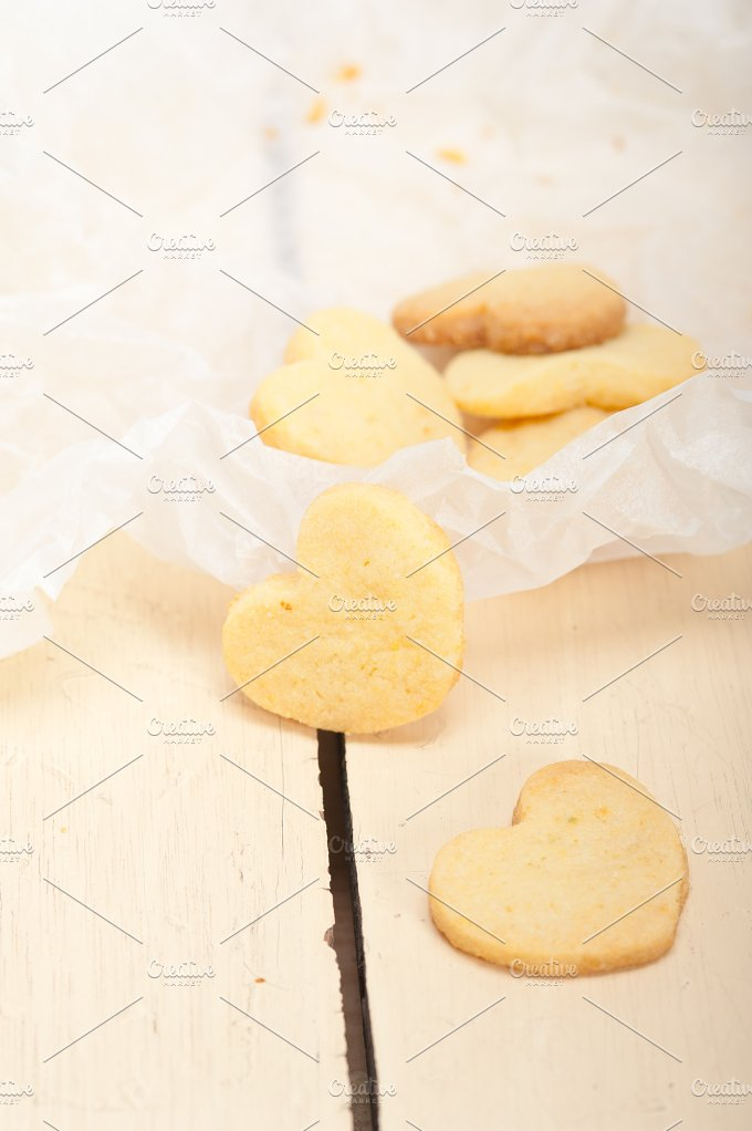 heart shaped shortbread cookies 024.jpg - Food & Drink