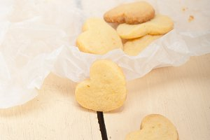 heart shaped shortbread cookies 025.jpg