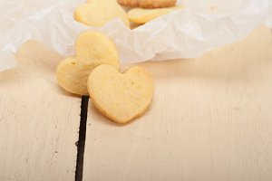 heart shaped shortbread cookies 033.jpg