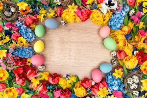 Easter decoration. Flowers and eggs