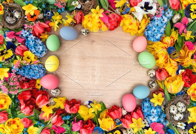 Easter decoration. Flowers and eggs - Holidays
