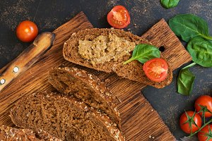 Liver pate with rye bread
