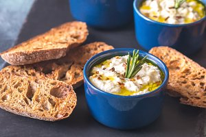 Baked ricotta with toasts