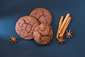 Chocolate biscuits with spices and c