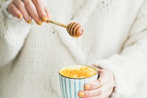 Healthy Turmeric Latte with Honey