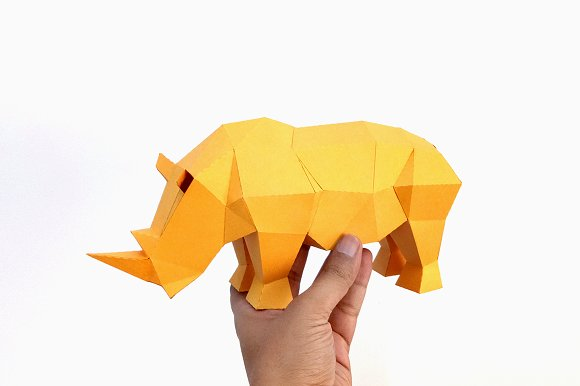 DIY Rhino Sculpture 3D Papercraft