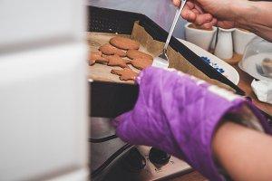 Baking gingerbreads.